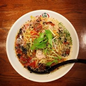 黄金バンカ麺